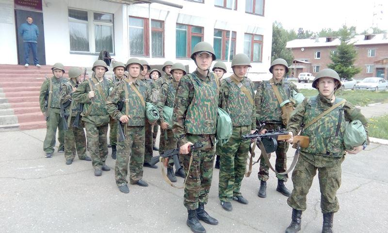 Участники учебных военно-полевых сборов 2016